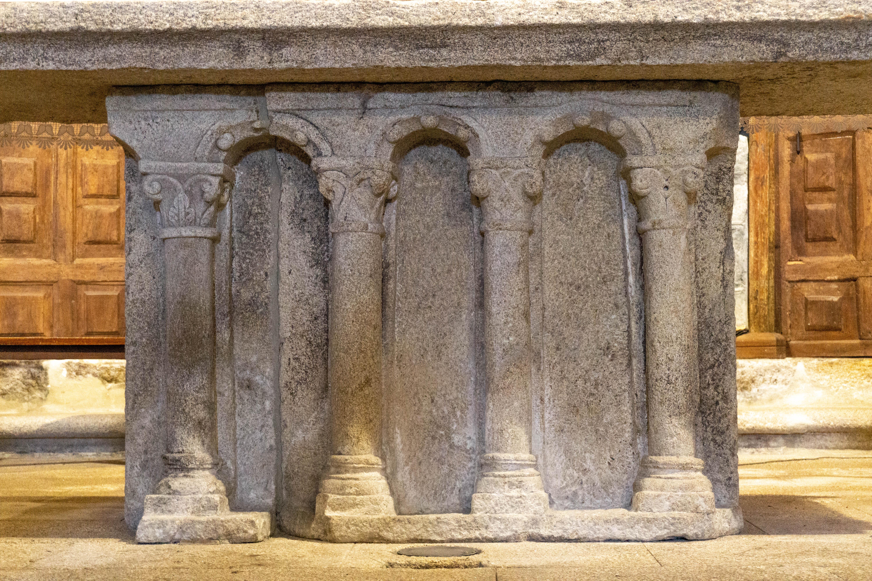 altar-de-santa-maria-de-xunqueira-de-espadañedo